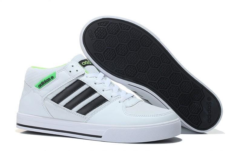 check out 2f81e 1653b ... 2016 Wild Unisex Adidas Originals Tubularszapatos para correr Armada  blanco Trainers,relojes adidas corte ...