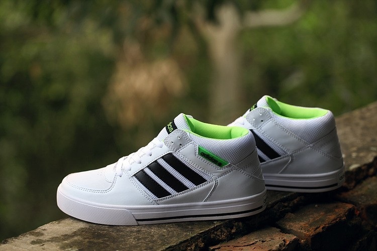 on sale 928c9 93959 ... 2016 Wild Unisex Adidas Originals Tubularszapatos para correr Armada  blanco Trainers,relojes adidas corte