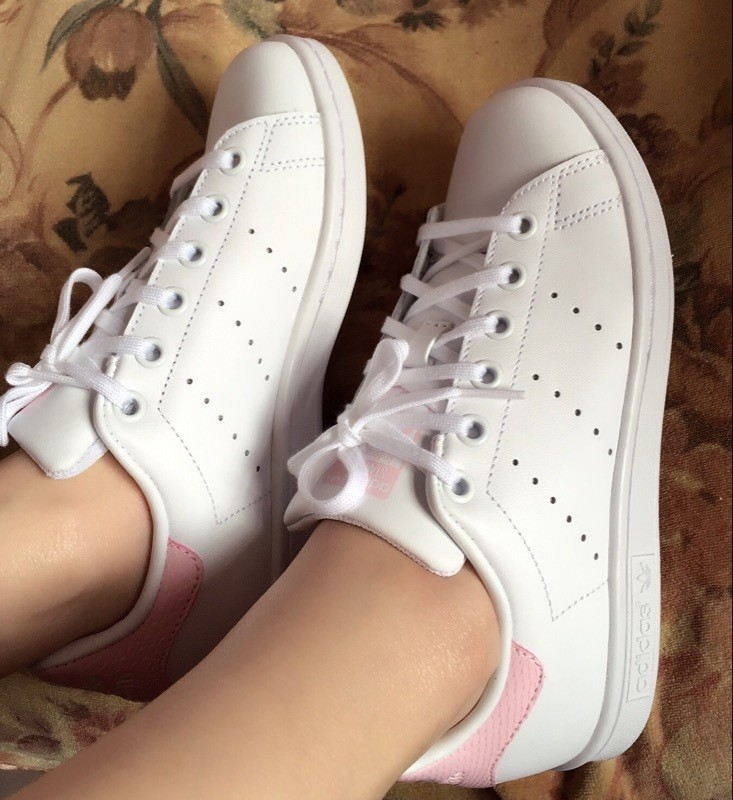 hot sales 78d96 32c9e ... 2016 Wild Adidas Stan Smith GS blanco Cloud Rosado Juniors mujeres  Girls Snakeskin Trainers Zapatos casualesess ...